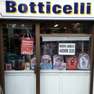 Vetrina Cartoleria Botticelli